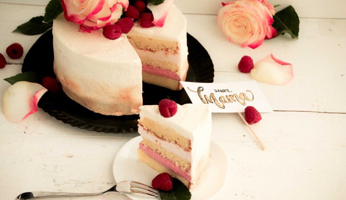 Rezept I Muttertags-Torte mit Sekt und Himbeeren